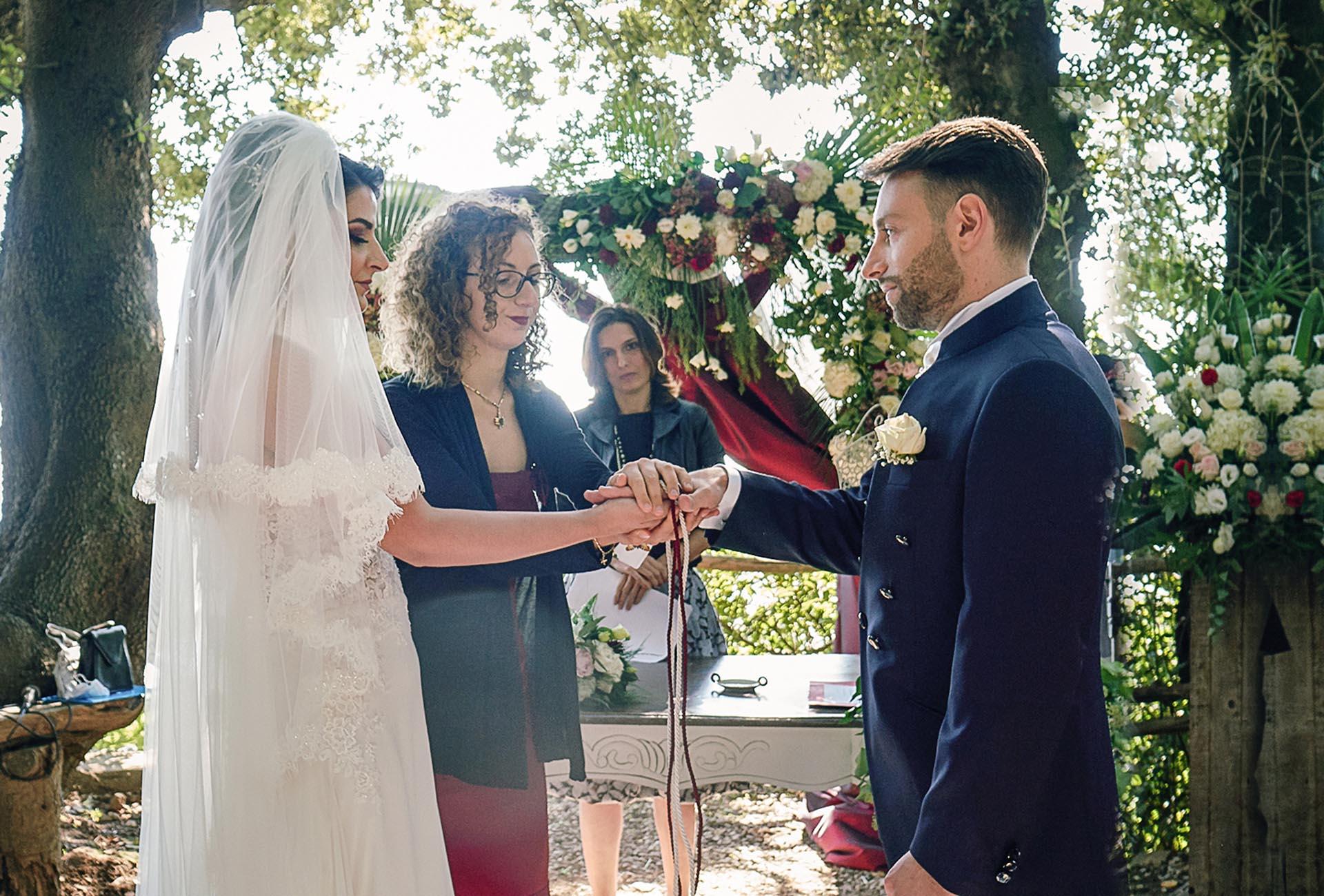 rito simbolico Cerimonia matrimonio, rito religioso o rito simbolico: le differenze